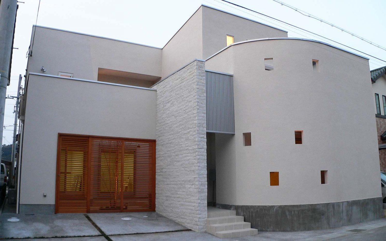 アールウォールの家