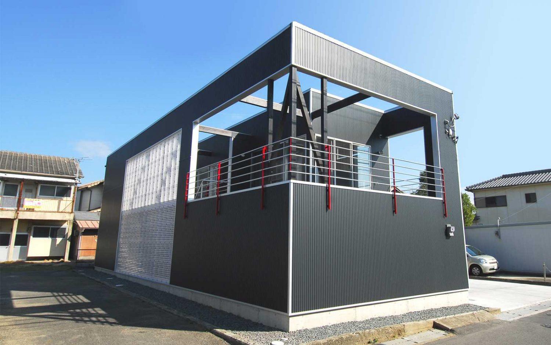 オープンデッキの家